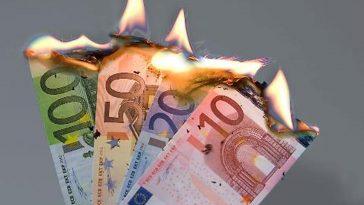 Perder Dinheiro em Esquemas Ponzi e HYIPs
