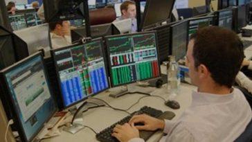 Trader Forex ganha dinheiro